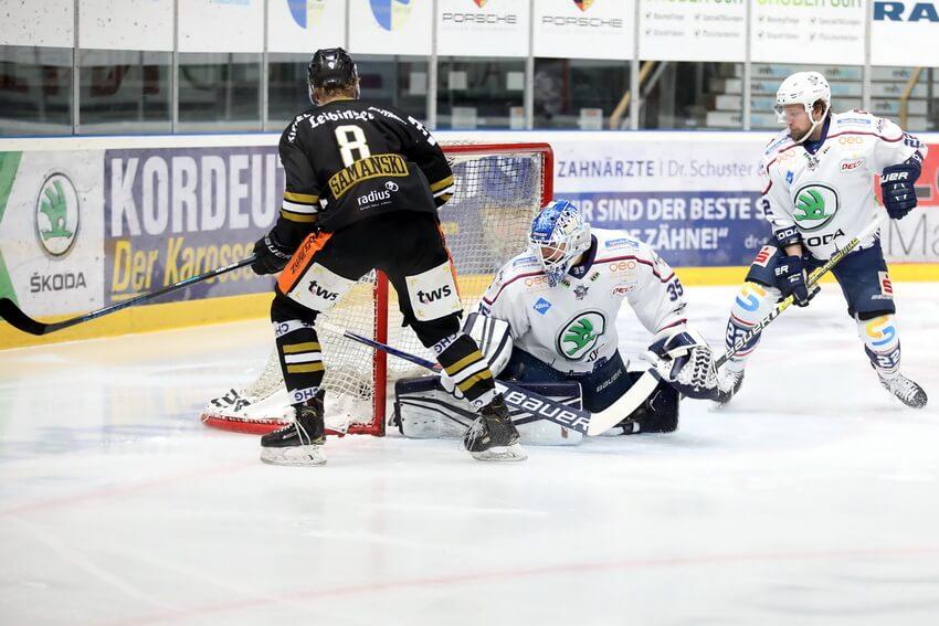Die Towerstars starten gegen die Kassel Huskies in die Halbfinalserie. Bild: Kim Enderle