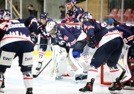 Am Wochenende treffen die Towerstars gleich zweimal auf den Ligakonkurrenten Heilbronn. Bild: Kim Enderle