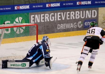 Das Hinspiel in Dresden haben die Towerstars mit 6:3 gewonnen. Bild: F.Enderle